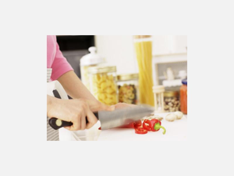 買い物、調理、食事介助、産後のお手伝いもお気軽にお問合わせを