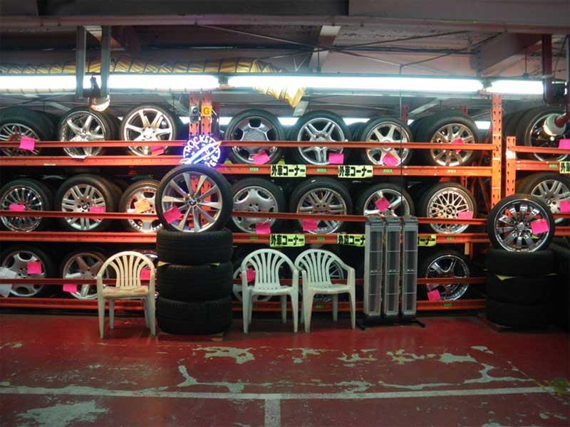 自動車パーツのお探しは練馬区氷川台のハセガワへ!