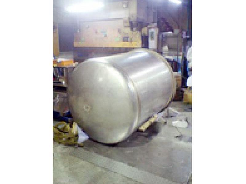 貯蔵タンク新規製作1000L架台付 価格37万円より