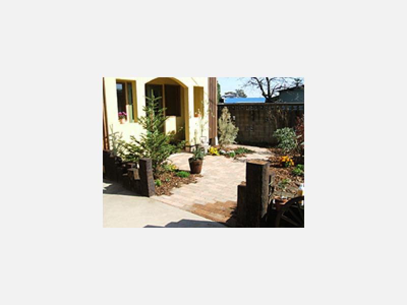 和風庭園・洋風庭園・ガーデニング・庭木の手入れ