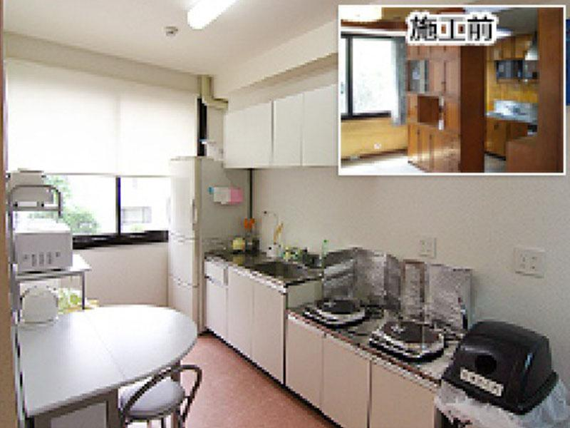 内装施工例: キッチンも入居者が作業しやすいよう広く
