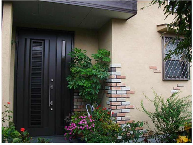 玄関や外壁もお好みに合わせてリフォーム