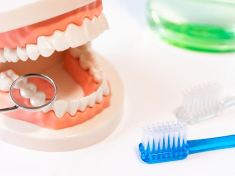 歯槽膿漏(しそうのうろう)の治療