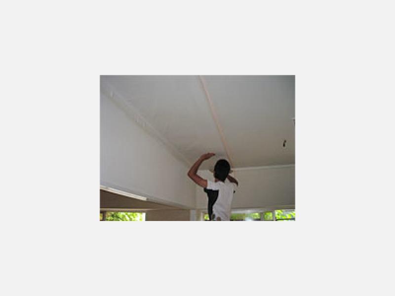 お住まい、店舗の室内塗装、クロス貼り替え