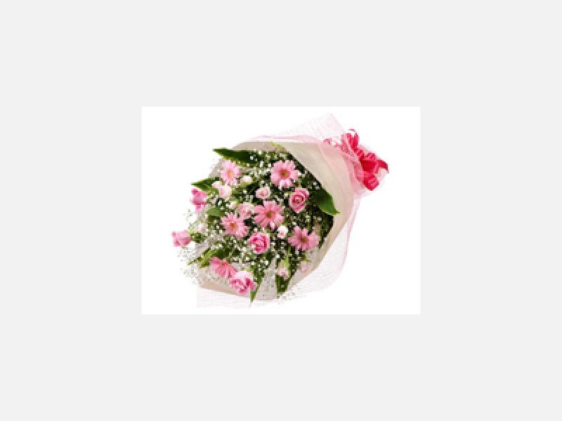 花束もご希望に沿った形でお作ります。