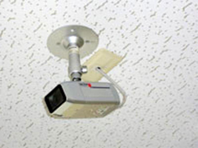 SECOMによる24時間警備と防犯カメラを設置