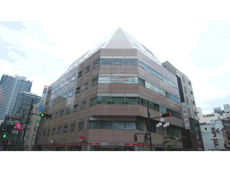 大和証券上5階です