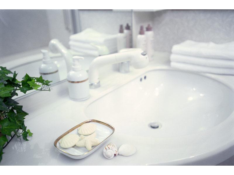 リフォームで明るく清潔な洗面所
