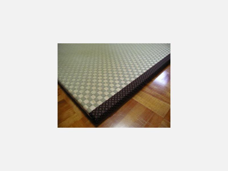 こだわりを持って育て織り上げた畳表を使用