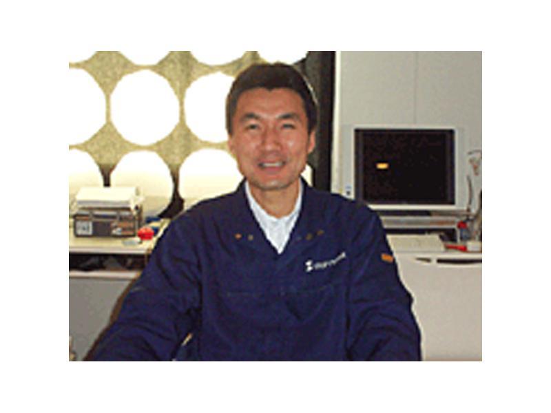 スガワラ塗装店には、知識と経験豊富なスタッフが多数おります。