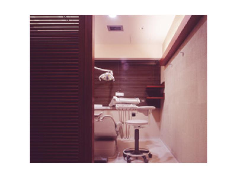 完全個室の診療室/予約診療制
