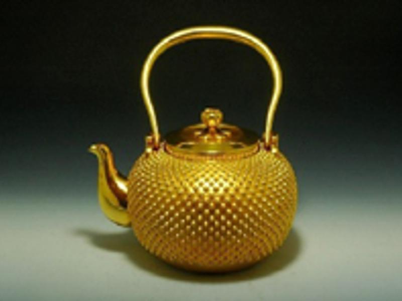 ◆純金瓶、純金コイン、純金工芸品