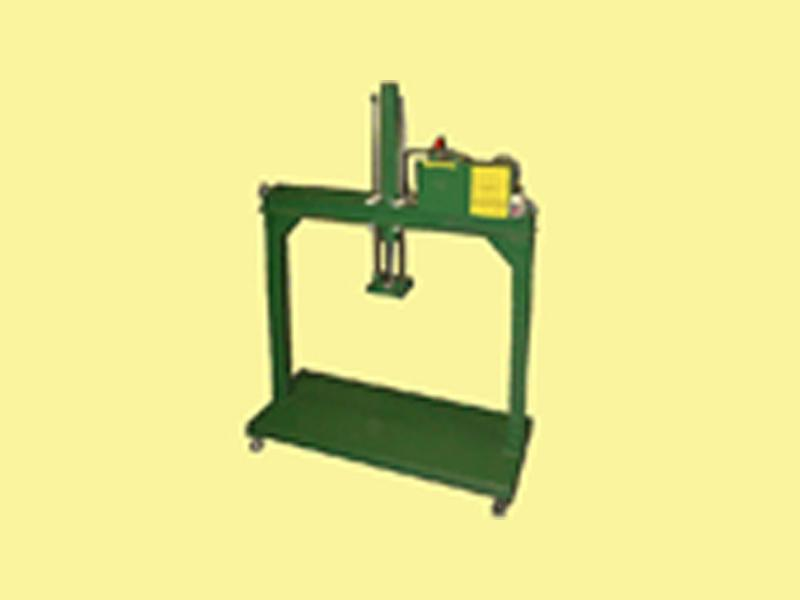 ★門型昆布油圧式プレス機