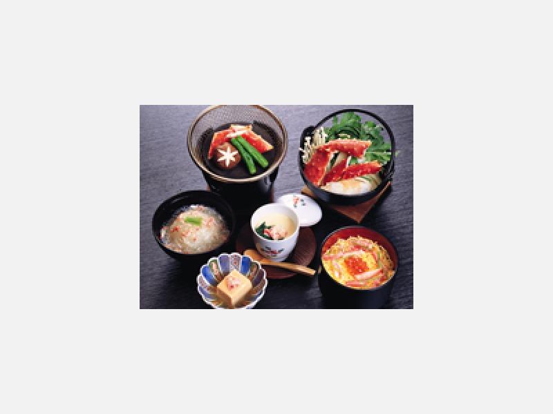 季節の野菜を使っての家庭料理を主としてご提供