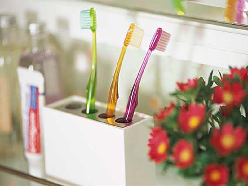 ※平日及び土曜日も矯正歯科診療を行なっています。