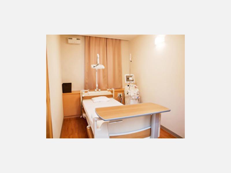 オーバーナイト透析 個室完備