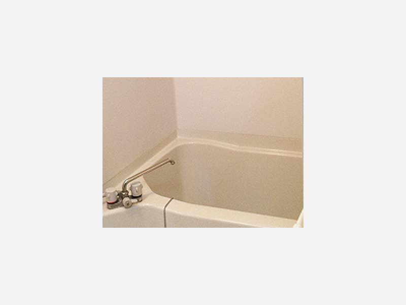 社員寮はお風呂・自動洗濯機・必要品を完備