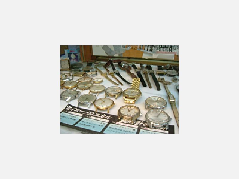 ◆時計修理・電池交換、その場でOK!
