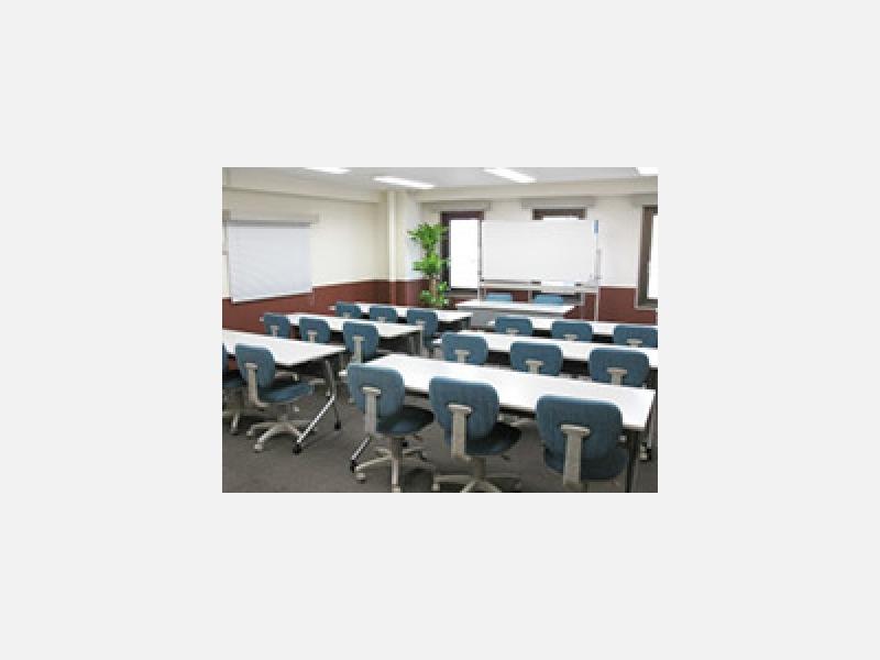 C5会議室◆小規模な説明会などに人気の会議室