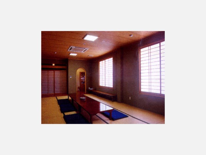 ■和室 法宴会館、仮泊にもご利用頂けるご家族の控室