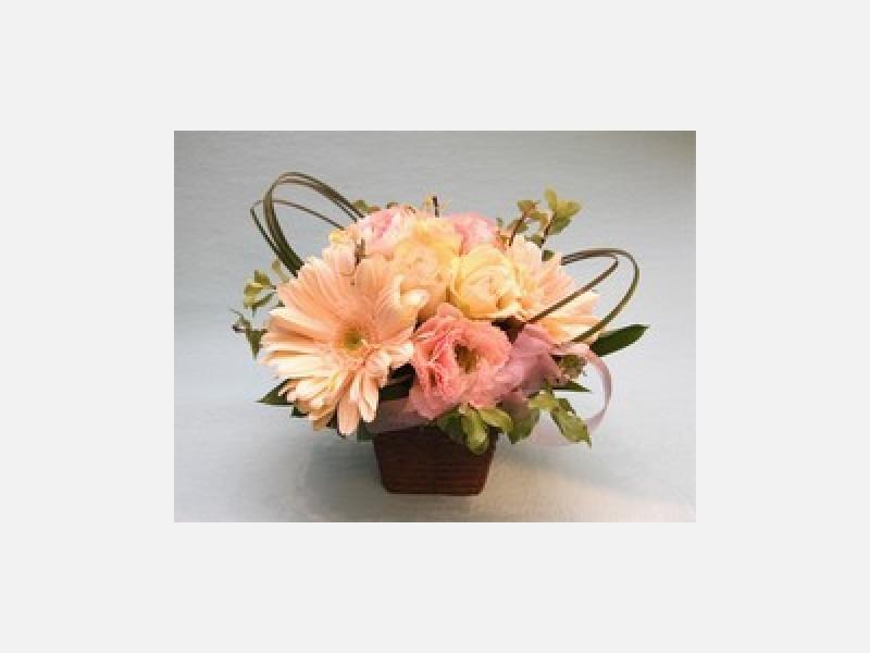 お好みの色、お好みの花種でお作りします
