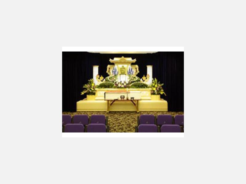 荘厳なライン生花付祭壇