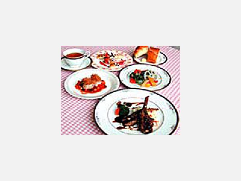 院内スタッフ手作りのディナー(一例)