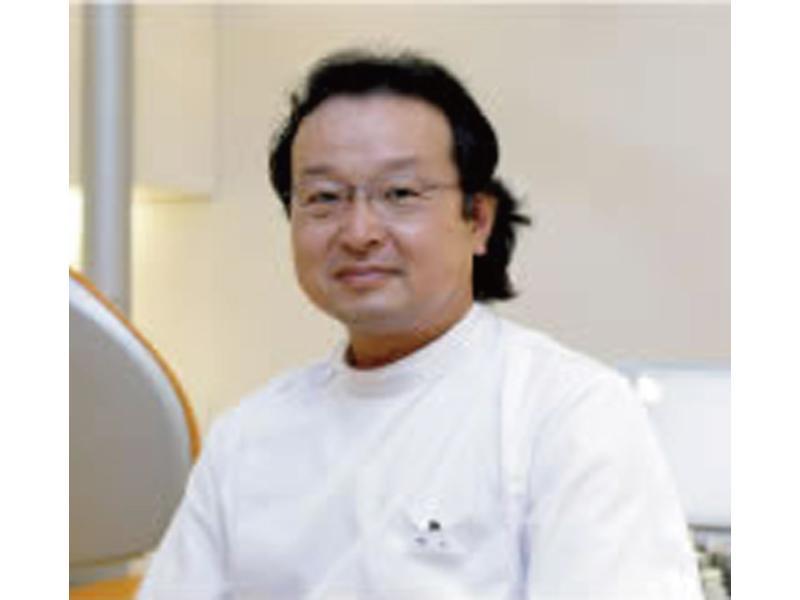 歯学博士 押谷敏之(院長)