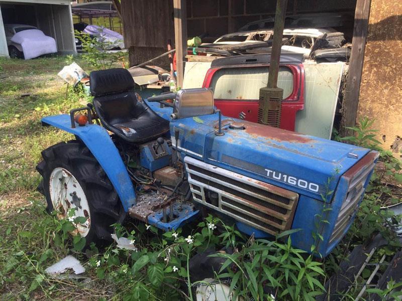 コンバイン・耕耘機・トラクターなどの農機具