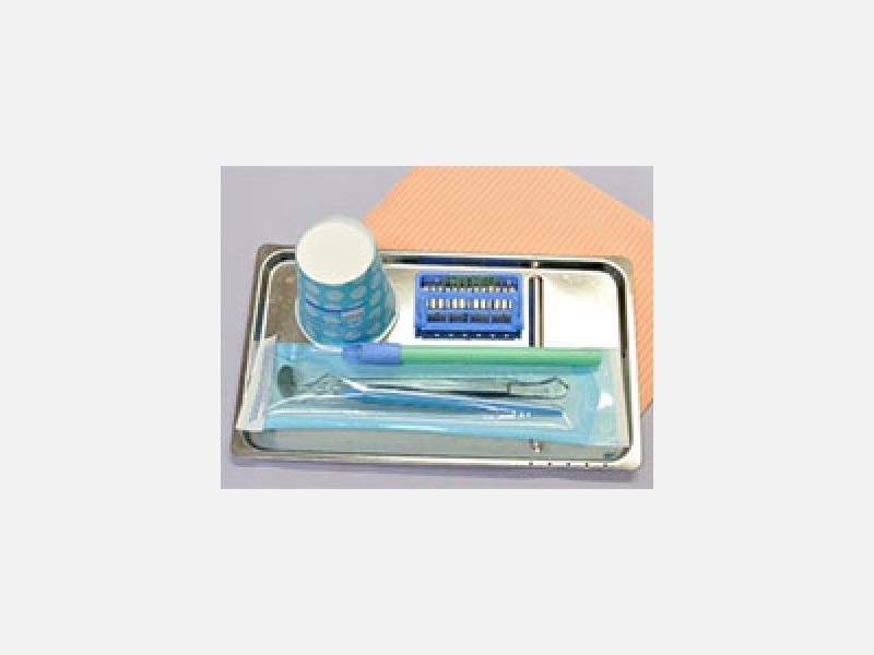 ▲滅菌パック:治療器具は全て滅菌パックで清潔に保管