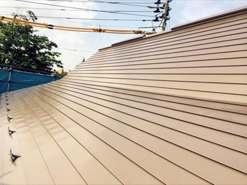 屋根工事:金属系屋根材の各種建築板金工事