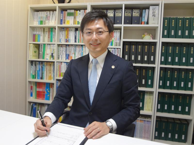 弁護士 菊地 秀