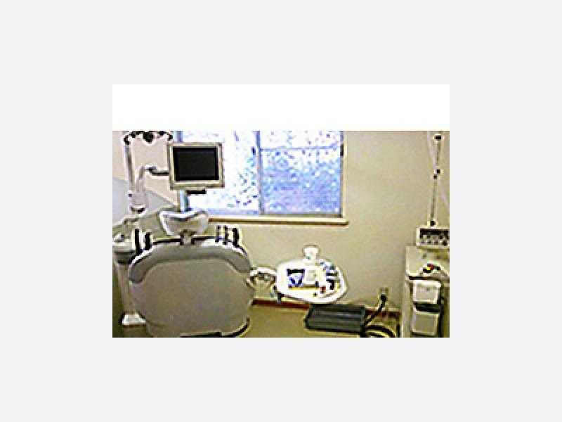診療室:デジタルレントゲンシステム、レーザー
