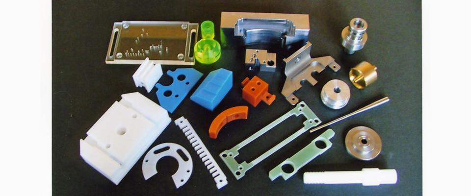 樹脂金属の少ロット単位加工を得意としています