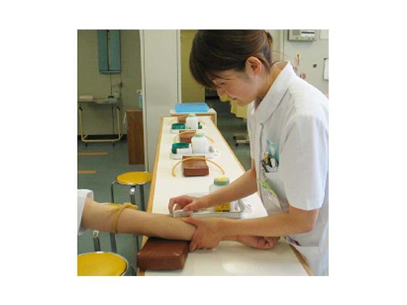 急性期医療~慢性期医療・リハビリテーションまでサポートします