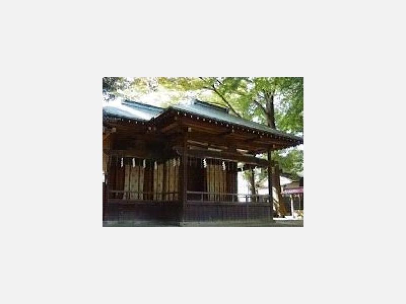 神楽殿 例祭では「民舞」が奉納されます。