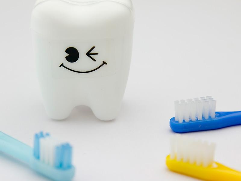 歯科衛生士が患者様のお口の健康をお手伝いします。
