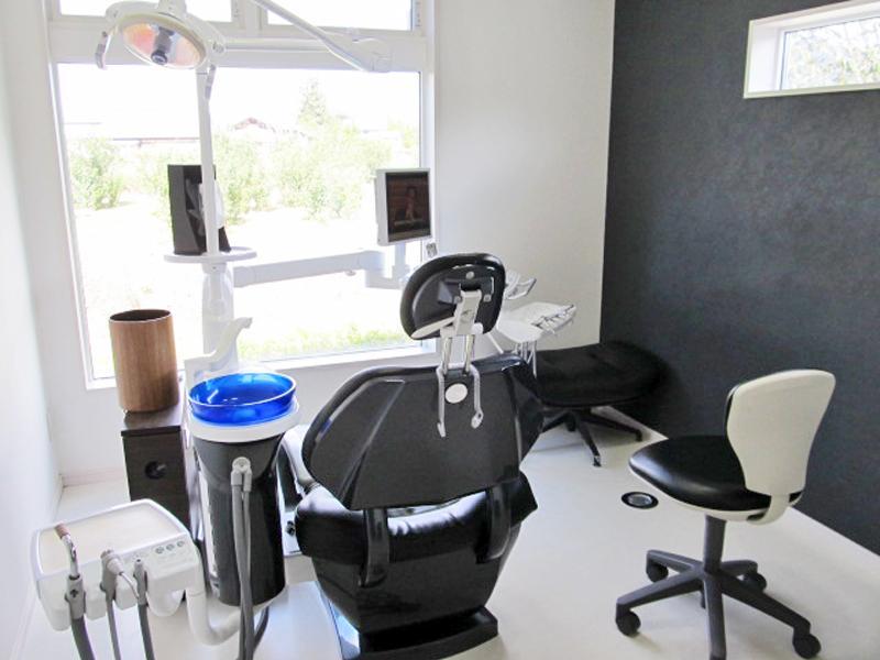 特診室(シートは低反発シート使用)