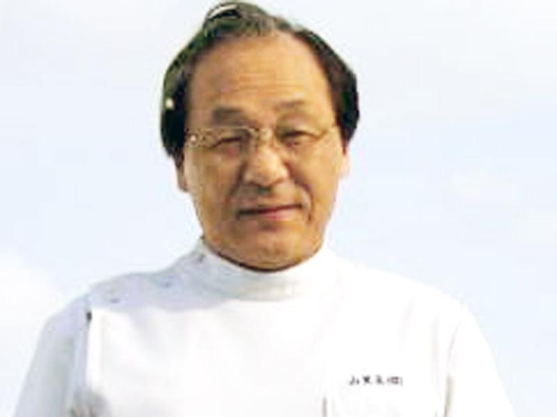 院長/小笠原 俊実