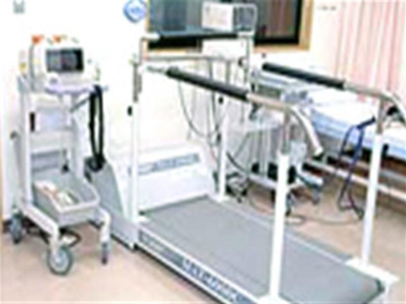 トレッドミル運動負荷心電図装置