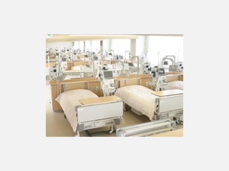■人工透析室(40床)