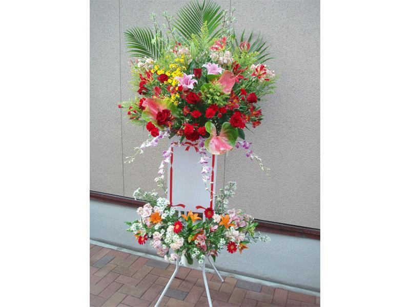 御祝用・葬儀用生花スタンドにも力を入れています