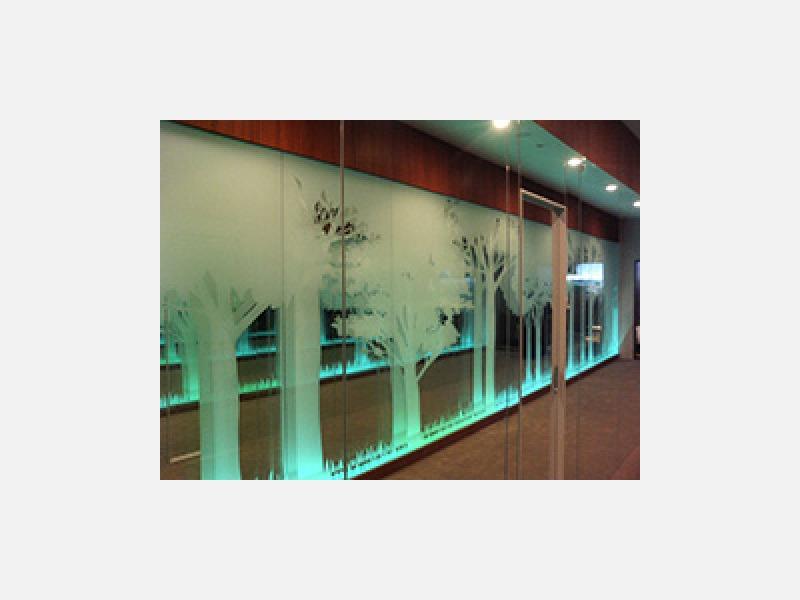 店舗オフィスのアルミ建材・ガラス工事☆ガラス施工例