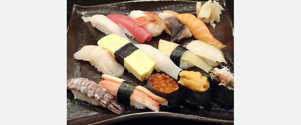 【魚真】寿司居酒屋 厳選の味を驚きの安さで!