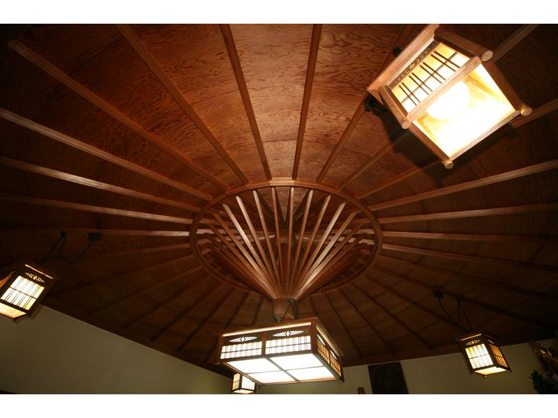 ◆自由な空間・安らぎを得られる 唐傘天井◆