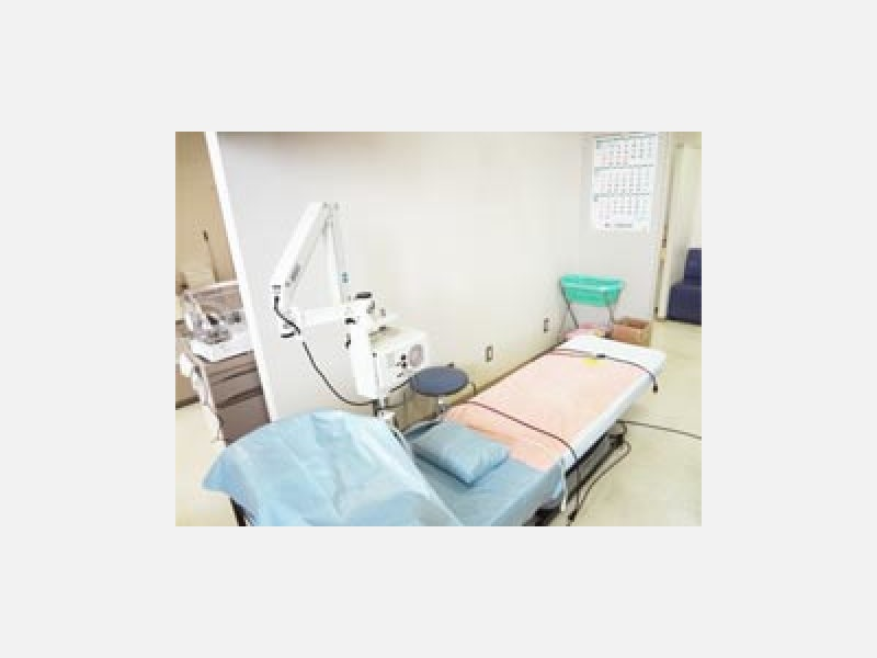 耳鼻科用顕微鏡でしっかり診察致します