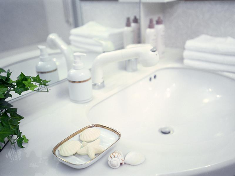 家族みんなが使いやすい高さに合わせた洗面台