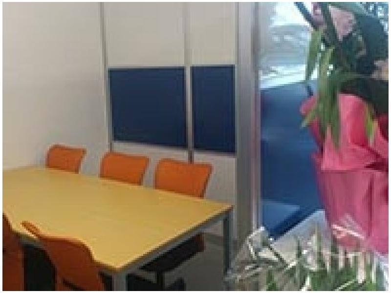 千葉県民司法書士事務所の打ち合わせスペースです