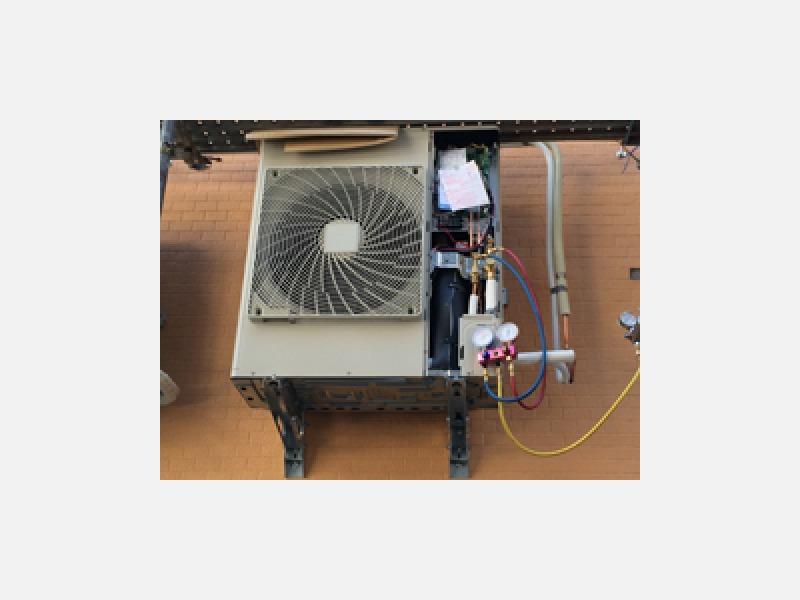 業務用エアコン修理、取替