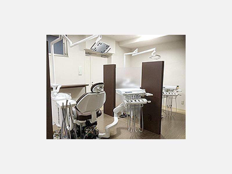 3DCT、レーザーやセレックなど先進の設備、個室診療室も有り
